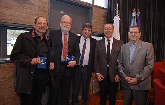 De izq. a der: Horacio Pastawski, Carlos Condat, Francisco Tamarit, José Luis Bocco, Vicente Macagno.